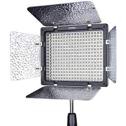 LED uz kameras - Yongnuo YN-300III LED gaisma bi-color - perc šodien veikalā un ar piegādi