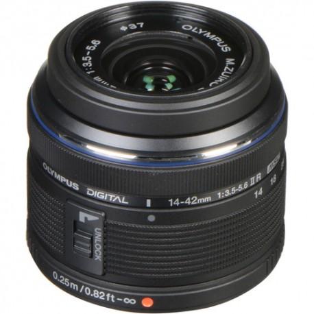 Foto un videotehnika - Olympus 14-42mm objektīvs Noma