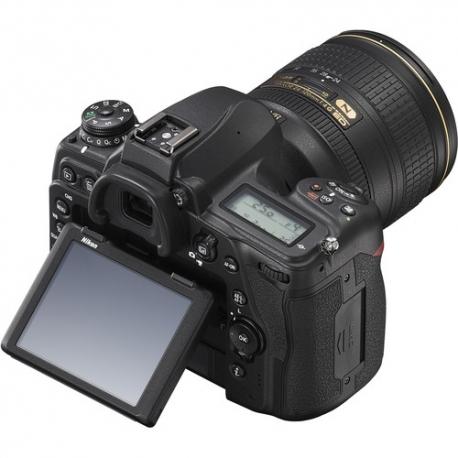 Foto un Videotehnika - Nikon D780 pilnas matricas foto-video 24.5MP kamera noma