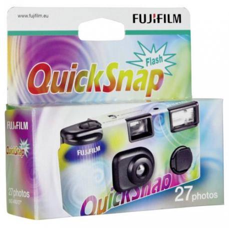 Filmu kameras - FUJIFILM QuickSnap single-use camera with flash. 400/135/27 - купить сегодня в магазине и с доставкой
