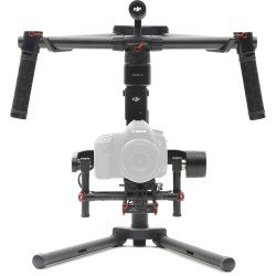 Video aprīkojums - DJI Ronin-M stabilizer noma
