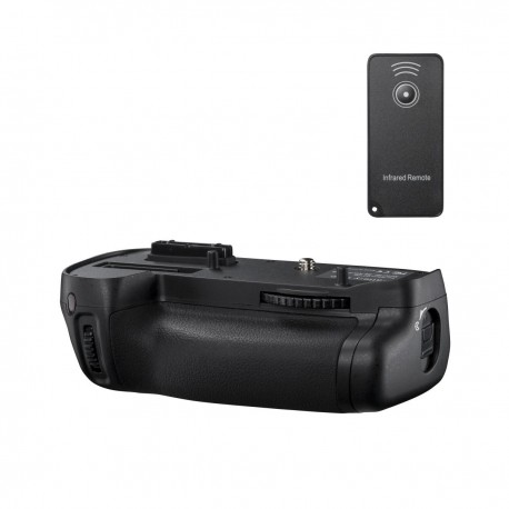 Camera Grips - walimex pro Battery Grip for Nikon D7100 - buy today in store and with delivery