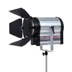 LED Fresnel Prožektori - Falcon Eyes 5600K LED Spot Lamp Dimmable CLL-3000R on 230V - ātri pasūtīt no ražotāja