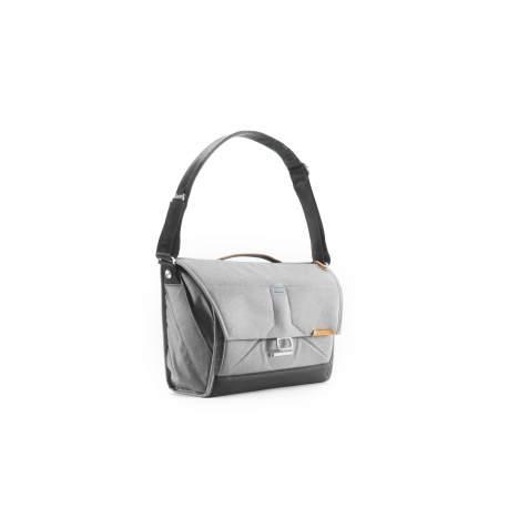Наплечные сумки - Peak Design Everyday Messenger V2 15 Ash - быстрый заказ от производителя