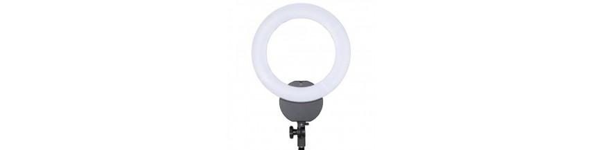 Gredzenveida LED lampas